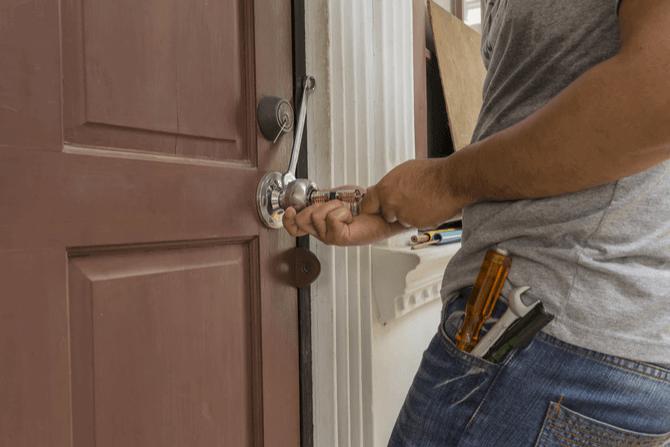 Avarinis durų atrakinimas