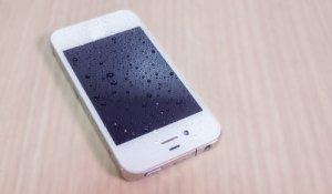 Kaip tinkamai išdžiovinti sušlapusį mobilųjį telefoną