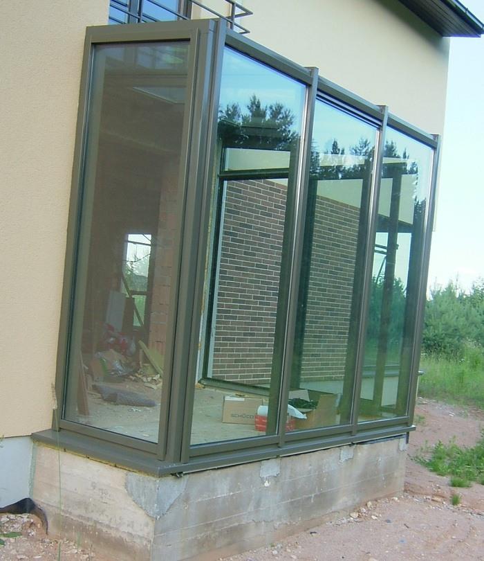 Balkonų stiklinimas Šiauliuose
